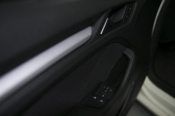 Дверь водителя Ауди А3